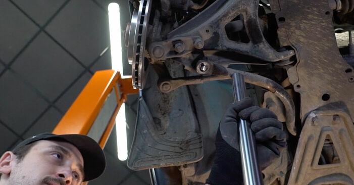 Austauschen Anleitung Koppelstange am Renault Kangoo kc01 2007 D 65 1.9 selbst