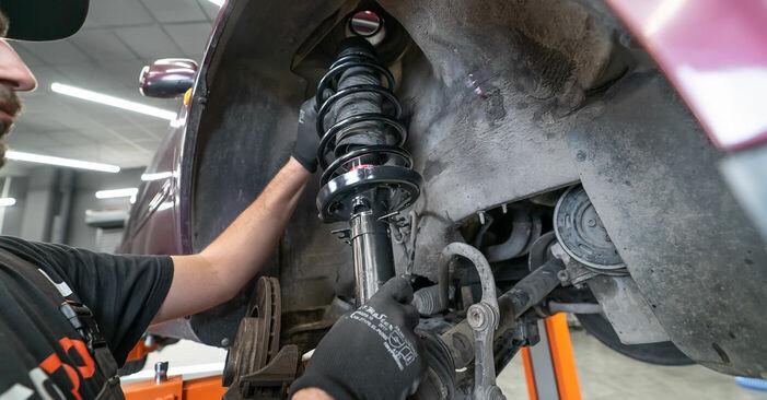 Quanto è difficile il fai da te: sostituzione Ammortizzatori su Audi A3 8l1 1.9 TDI 2002 - scarica la guida illustrata