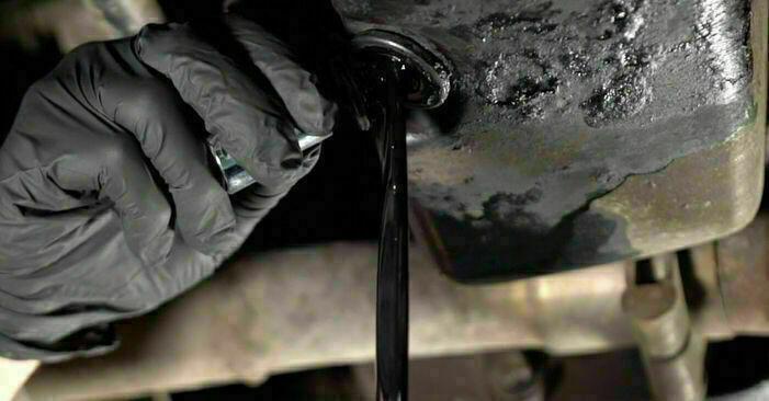 Înlocuirea de sine stătătoare OPEL CORSA C (F08, F68) 1.3 CDTI (F08, F68) 2004 Filtru ulei - tutorialul online
