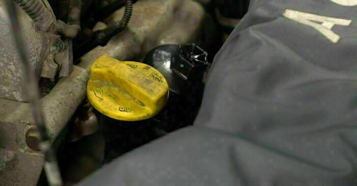 Manualul de înlocuire pas cu pas OPEL CORSA 2007 Filtru ulei
