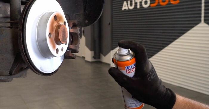 Wie AUDI A3 1.8 2000 Bremsscheiben ausbauen - Einfach zu verstehende Anleitungen online