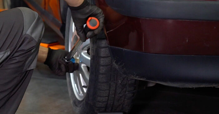 Bremsscheiben beim AUDI A3 1.8 T 2003 selber erneuern - DIY-Manual