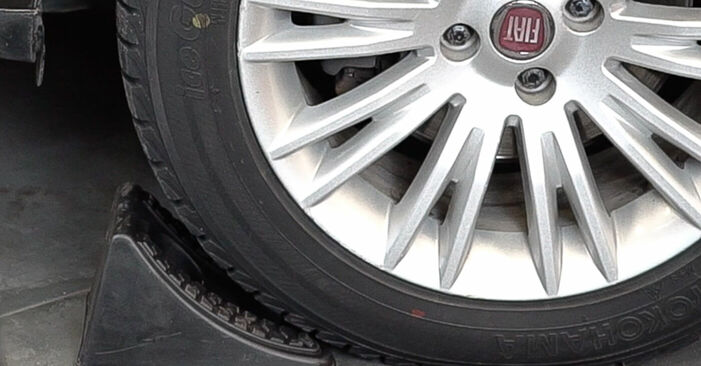How to replace FIAT BRAVO II (198) 1.9 D Multijet 2007 Brake Pads - step-by-step manuals and video guides