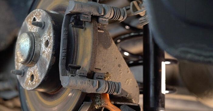 FIAT BRAVA 1.4 Lozisko kola výměna: online návody a video tutoriály