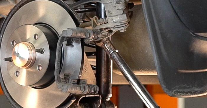 Jak vyměnit Lozisko kola na FIAT BRAVO II (198) 2018 - tipy a triky