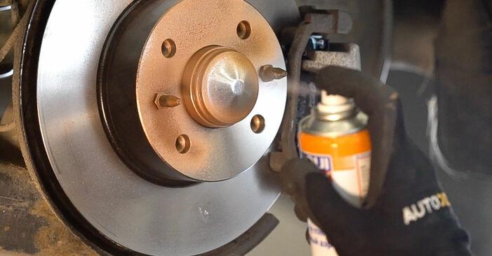 Jak vyměnit Lozisko kola na FIAT BRAVO II (198) 2006 - bezplatné PDF a video návody