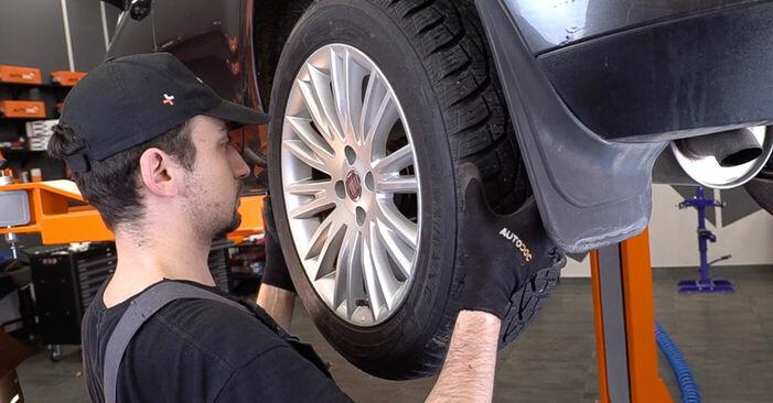 FIAT BRAVO II (198) 1.6 D Multijet 2008 Lozisko kola výměna: bezplatné návody z naší dílny