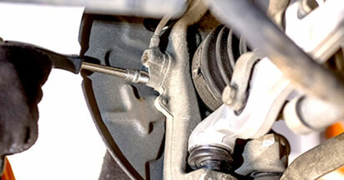 Kaip pakeisti Rato guolis la Audi A4 b6 2000 - nemokamos PDF ir vaizdo pamokos