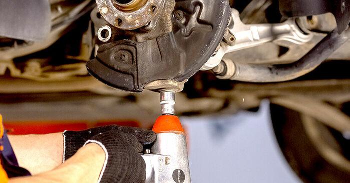 Kaip pakeisti AUDI A4 Sedanas (8E2, B6) 2002 Rato guolis - patarimai ir gudrybės