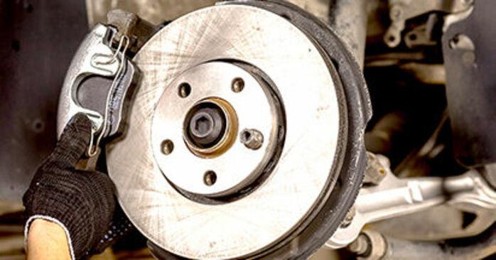 Audi A4 b6 2.0 2002 Rato guolis keitimas: nemokamos remonto instrukcijos