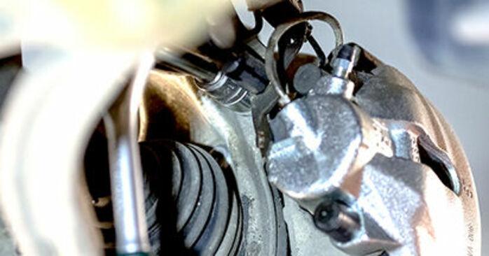 Savarankiškas AUDI A4 Sedanas (8E2, B6) 1.8 T 2003 Rato guolis keitimas