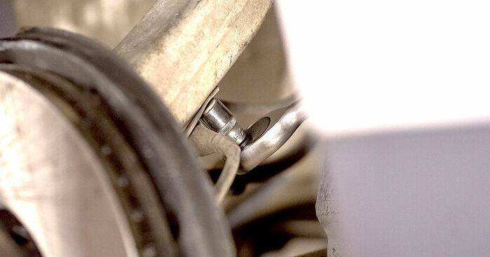 AUDI A4 2002 Rato guolis išsami keitimo instrukcija