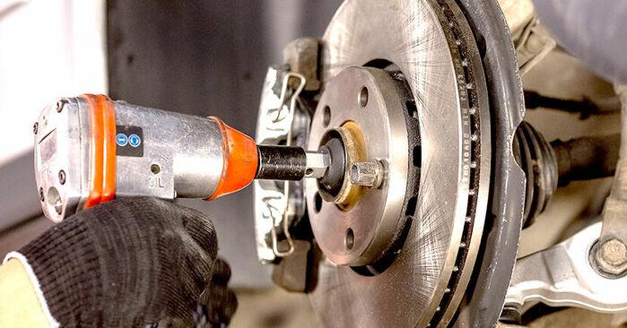 Mudar Rolamento da Roda no Audi A4 b6 2003 não será um problema se você seguir este guia ilustrado passo a passo