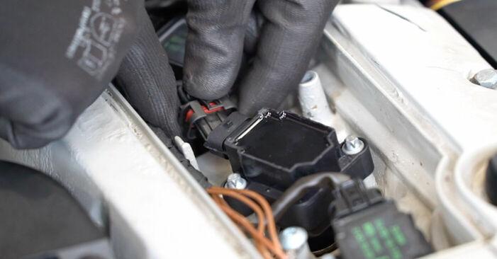 Reemplace Bobina de Encendido en un Mercedes W203 2002 C 220 CDI 2.2 (203.006) usted mismo
