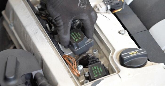 Cómo es de difícil hacerlo usted mismo: reemplazo de Bobina de Encendido en un Mercedes W203 C 200 2.0 Kompressor (203.045) 2006 - descargue la guía ilustrada