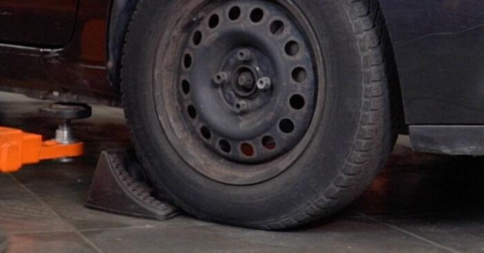 Hogyan Renault Clio 2 1998 Lengőkar cseréje - ingyenes PDF és videó-útmutatók