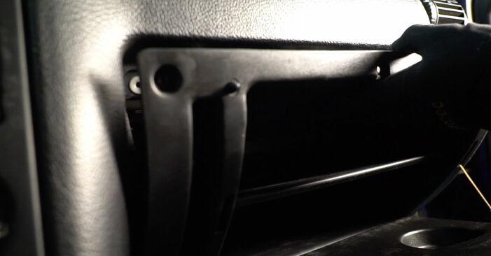 Patstāvīga OPEL ASTRA G Hatchback (F48_, F08_) 2.0 DTI 16V (F08, F48) 2001 Salona filtrs nomaiņa