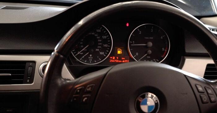 Kraftstofffilter Ihres BMW E90 320i 2.0 2004 selbst Wechsel - Gratis Tutorial