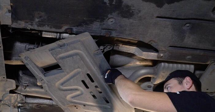 Kraftstofffilter BMW E90 318d 2.0 2006 wechseln: Kostenlose Reparaturhandbücher