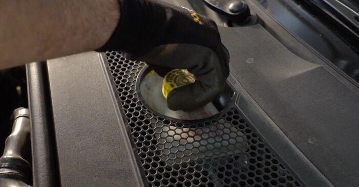 Kuidas vahetada Audi A6 4f2 2004 Piduriketas - tasuta PDF- ja videojuhendid