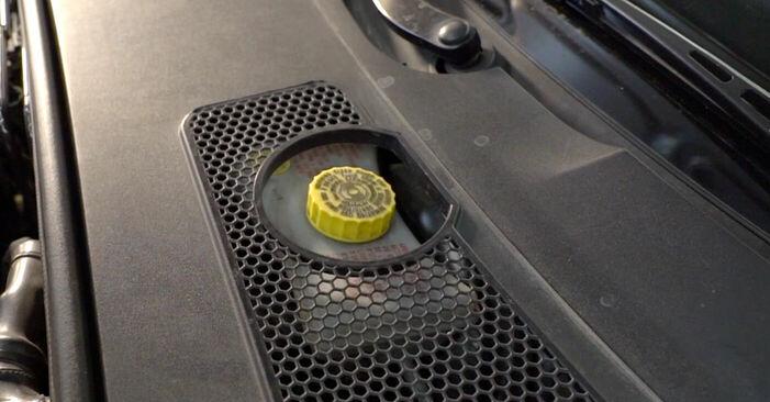 Kuidas asendada AUDI A6 Sedaan (4F2, C6) 3.0 TDI quattro 2005 Piduriketas - üksikasjalikud juhendid ja videojuhendid