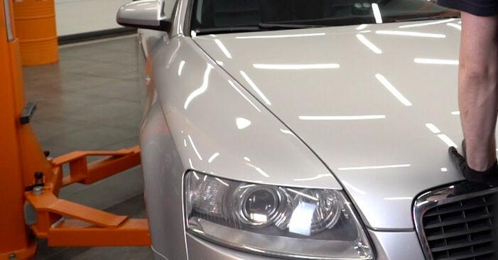 AUDI A6 2011 Piduriklotsid samm-sammulised asendamise juhend