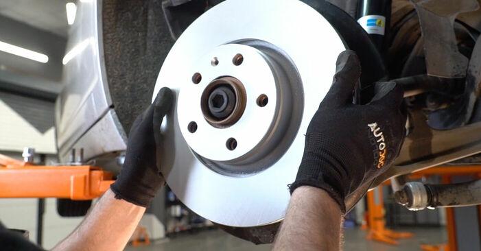 Sustitución de Discos de Freno en un Audi A6 4f2 2.0 TDI 2006: manuales de taller gratuitos