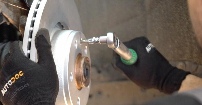 Cambie Discos de Freno en un AUDI A6 Berlina (4F2, C6) 2.7 TDI 2007 usted mismo