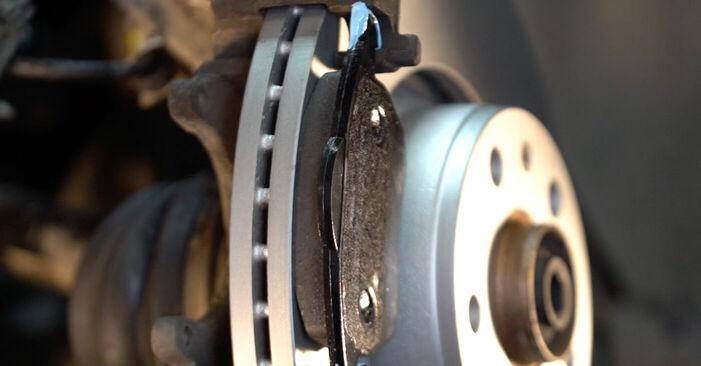 Reemplazo de Discos de Freno en un AUDI A6 2.4: guías online y video tutoriales