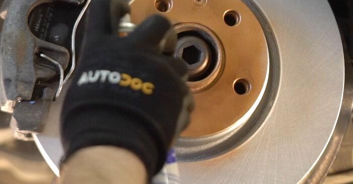 Cambio Discos de Freno en AUDI A6 Berlina (4F2, C6) 2.4 2010 ya no es un problema con nuestro tutorial paso a paso