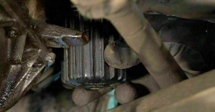CLIO II (BB0/1/2_, CB0/1/2_) 1.4 2009 Filtr oleju instrukcje warsztatowe samodzielnej wymiany