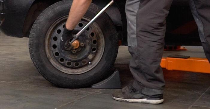 RENAULT CLIO 1.2 16V Motorlager ausbauen: Anweisungen und Video-Tutorials online