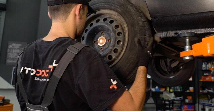 Csináld magad RENAULT CLIO II (BB0/1/2_, CB0/1/2_) 1.5 dCi 2012 Kerékcsapágy csere - online útmutató