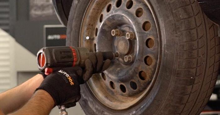 Trocar Rolamento da Roda no RENAULT CLIO II (BB0/1/2_, CB0/1/2_) 1.4 16V 2001 por conta própria