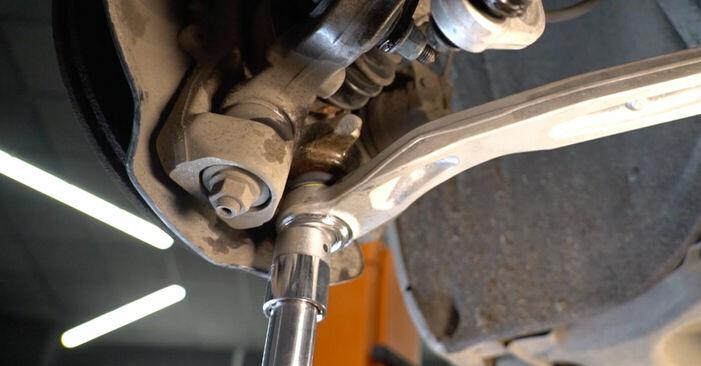 Audi A6 4f2 2.0 TDI 2006 Õõtshoob vahetamine: tasuta töökoja juhendid