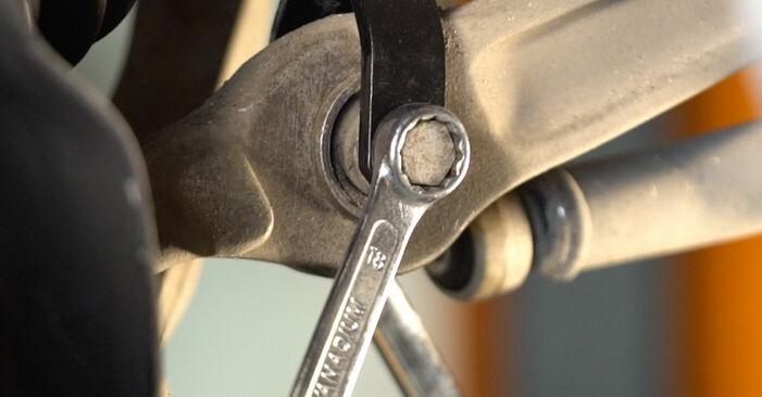 Stoßdämpfer beim AUDI A6 2.0 TDI 2011 selber erneuern - DIY-Manual