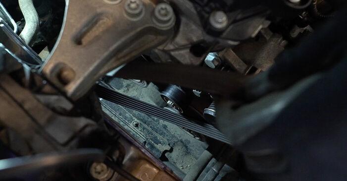 Svojpomocná výmena Klinový rebrovaný remen na PEUGEOT 208 I Hatchback (CA_, CC_) 1.6 BlueHDi 100 2015