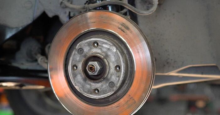 Hvordan man udskifter Bremseskiver på Peugeot 208 1 2012 - gratis PDF og video manualer