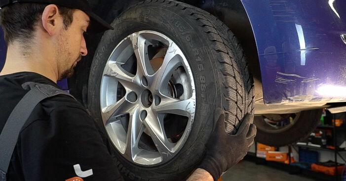 Hvordan man udskifter PEUGEOT 208 I Hatchback (CA_, CC_) 1.4 HDi 2013 Bremseskiver - trin-for-trin manualer og video vejledninger