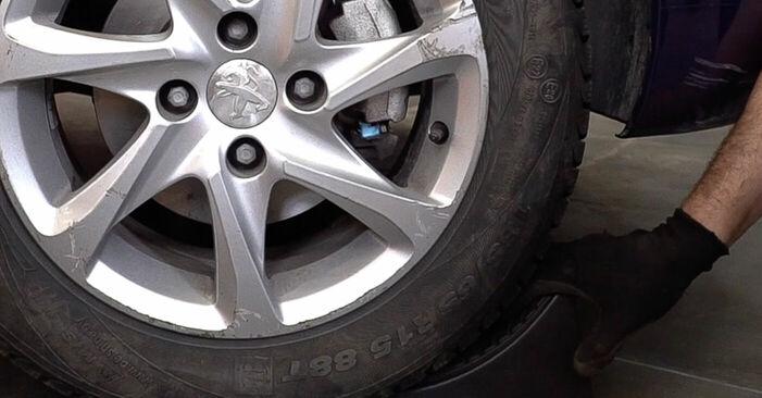 PEUGEOT 208 2019 Bremseskiver trin-for-trin udskiftnings manual