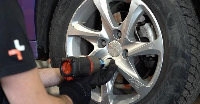 Hvor svært er det at gør-det-selv: Bremseskiver udskiftning på Peugeot 208 1 1.4 VTi 2018 - hent illustreret vejledning