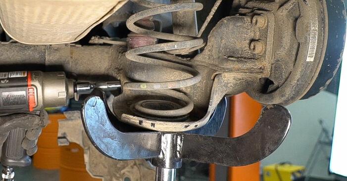 La sostituzione di Molla Ammortizzatore su Peugeot 208 1 2020 non sarà un problema se segui questa guida illustrata passo-passo