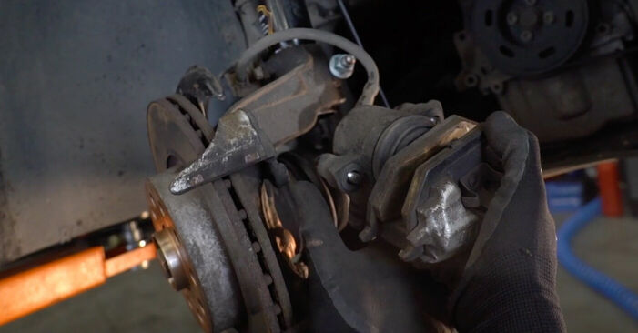Bremsscheiben Ihres Nissan X Trail t30 2.2 dCi 4x4 2009 selbst Wechsel - Gratis Tutorial