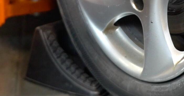 Wie Spurstangenkopf Peugeot 206 cc 2d 1.6 16V 1998 tauschen - Kostenlose PDF- und Videoanleitungen