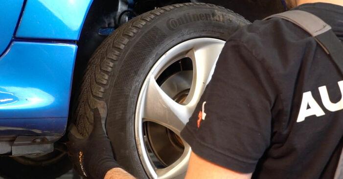 Wie schwer ist es, selbst zu reparieren: Spurstangenkopf Peugeot 206 cc 2d 1.6 HDi 110 2004 Tausch - Downloaden Sie sich illustrierte Anleitungen