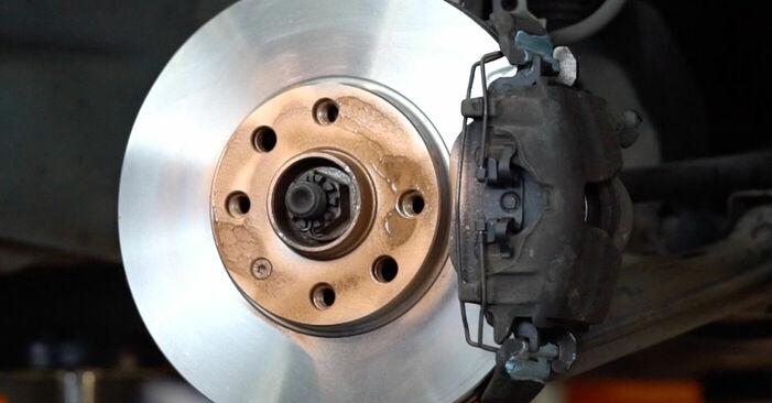 Pakāpeniski ieteikumi patstāvīgai Opel Astra g f48 1999 1.7 DTI 16V (F08, F48) Bremžu diski nomaiņai