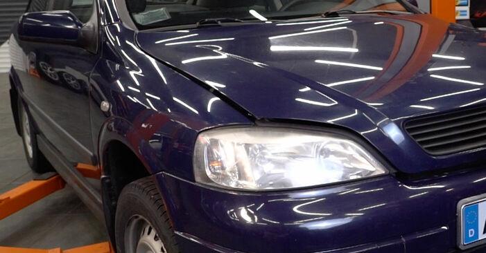 Comment changer Huile De Transmission et Huile Boite De Vitesse sur Opel Astra g f48 2000 - Manuels PDF et vidéo gratuits