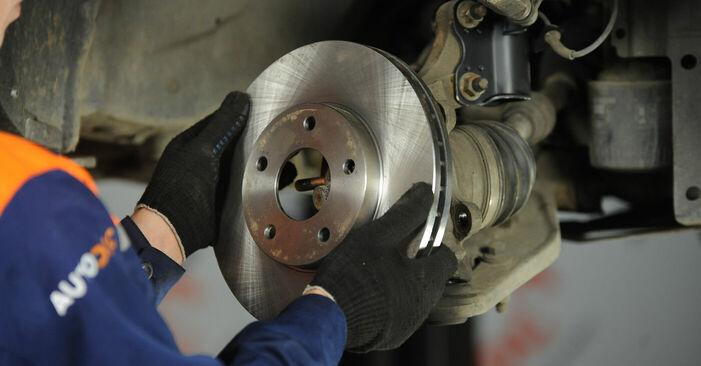 Wie problematisch ist es, selber zu reparieren: Radlager beim Nissan X Trail t30 2.2 DCi FWD 2007 auswechseln – Downloaden Sie sich bebilderte Tutorials