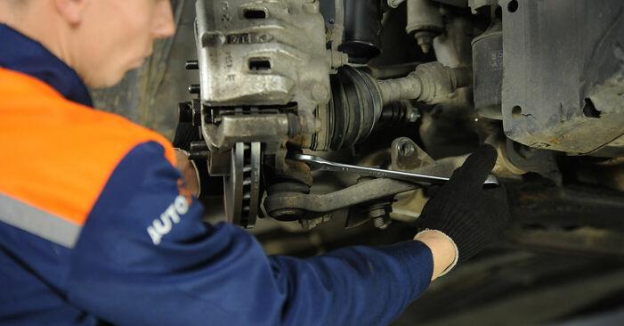 Wie schwer ist es, selbst zu reparieren: Querlenker Nissan X Trail t30 2.2 DCi FWD 2007 Tausch - Downloaden Sie sich illustrierte Anleitungen