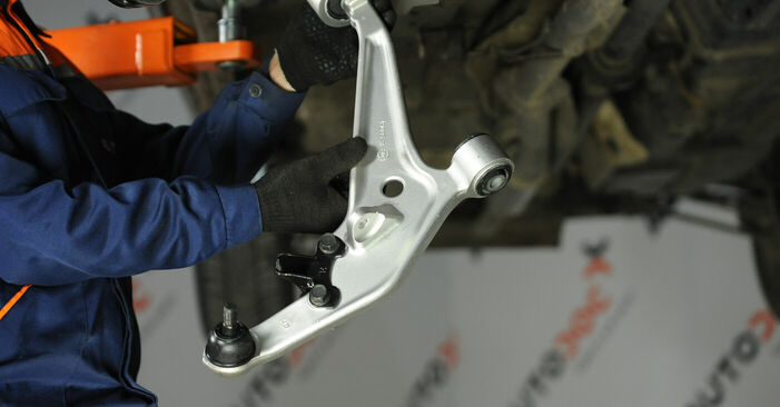 X-TRAIL (T30) 2.2 dCi 2012 Rameno Zavesenia Kolies svojpomocná výmena vďaka návodu z našej dielne